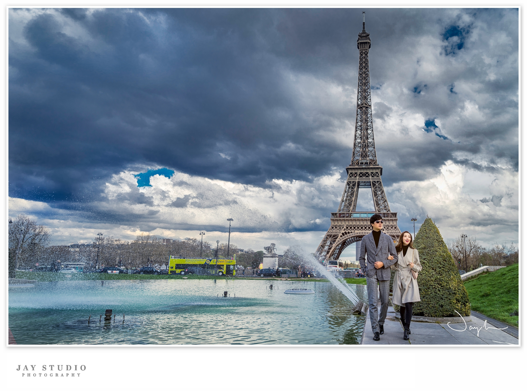 paris engagement photo