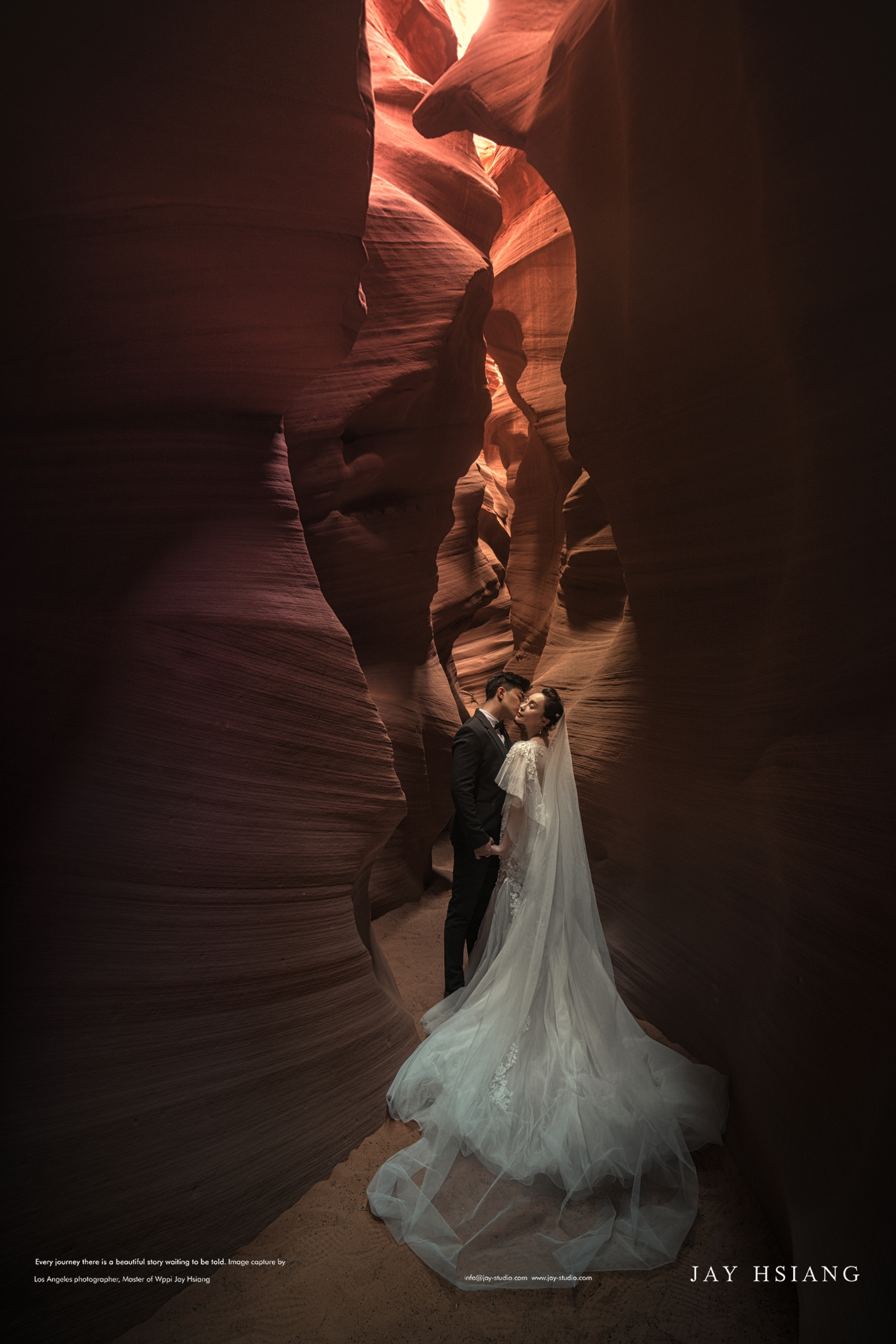 antelope canyon wedding photo