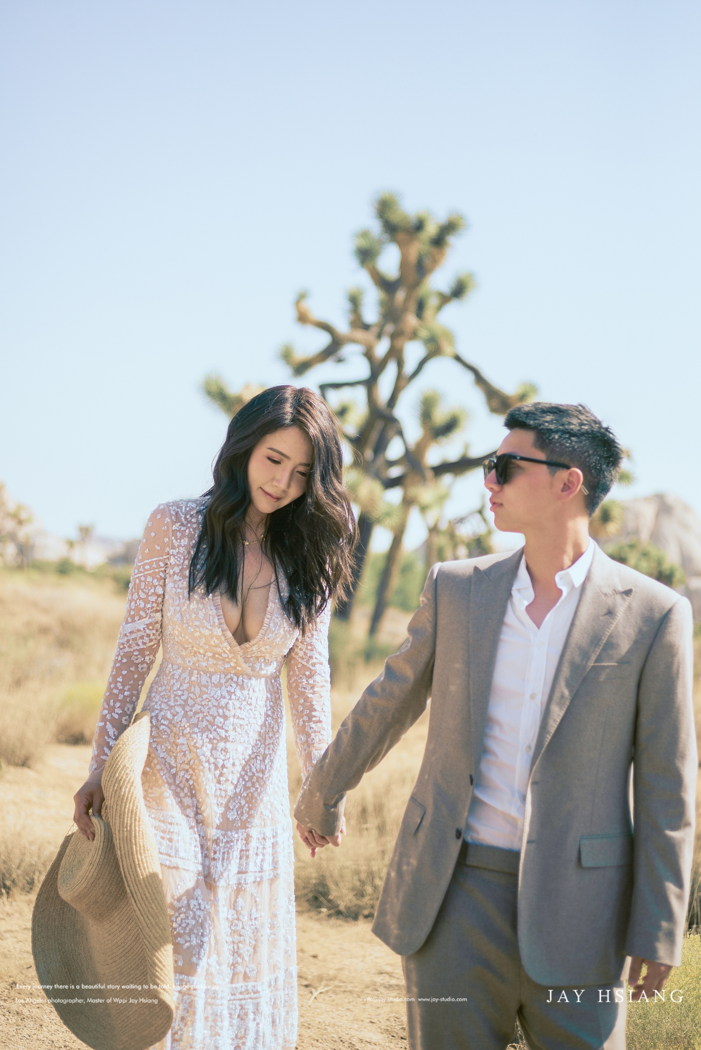 joshua tree engagement photo